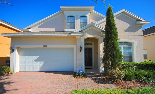 Starmark Vacation Homes - Greater Orlando: Stay at Starmark Vacation Homes in Greater Orlando, with Dates into October
