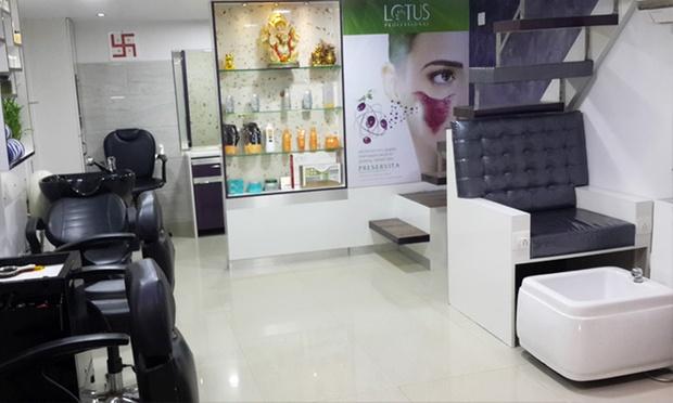 Kandivali e salon services for women at bloom salon spa for A class act salon