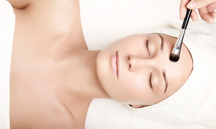 $39 for a OneHour Deluxe Facial at J'Adore Beauty Bar Up to $80 Value