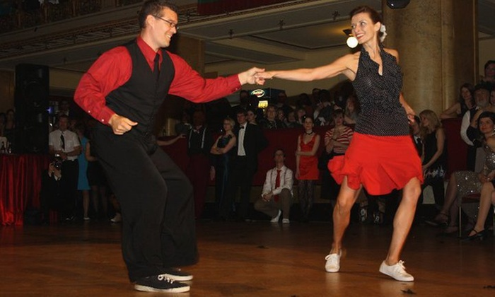 Swing Knights - Multiple Locations: 15 Dance Classes from Swing Knights (70% Off)
