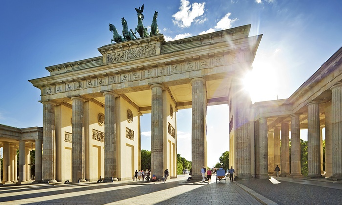 TourguideMe Berlin - Berlin: 2 Std. Stadtführungfür 1, 2 oder 4 Personen beiTourguideMe Berlin (bis zu 54% sparen*)