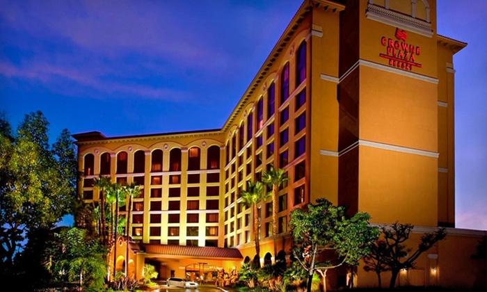 Crowne Plaza Anaheim Resort - Greater Anaheim: One- or Two-Night Stay with Breakfast and Late Checkout at Crowne Plaza Anaheim Resort in Greater Anaheim, CA