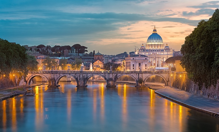 ✈ Rome: 2 to 4 Nights with Return Flights at 4* Hotel Latinum or 4* Hotel Panama Garden*