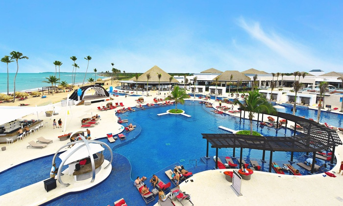 4.5-Star All-Inclusive Resort on Caribbean Beach