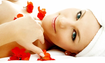 60-Minute Massage with Manicure or Aroma Facial at Evanesce Medispa (Up to 50% Off)