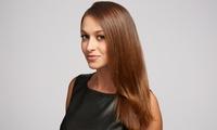 Haarglättung bis oder ab schulterlangem Haar mit Newsha-Methode im Studio Authentica (bis zu 50% sparen*)