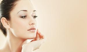 Estetika e Benessere: 3, 6, 10 trattamenti viso con pulizia e siero alle cellule staminali o vit.C da Estetika e Benessere (sconto fino a 90%)