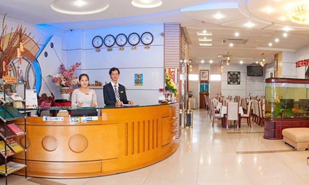 Ho Chi Minh City: Stay + Flights 3