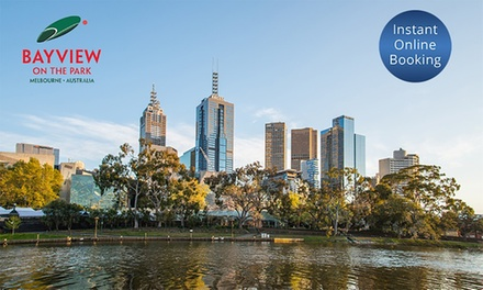 Melbourne: Up to 3Night Stay for Two and Option for Breakfast at Bayview on the Park Hotel