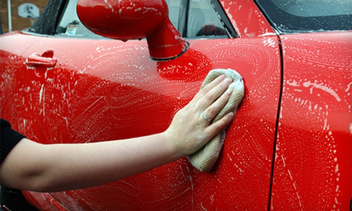 Expert Car Wash - Mid-Wilshire: $50 Worth of Car Detailing and Oil Changes