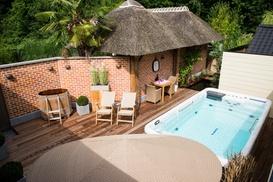 Topwellness Hair & Beauty: 2 uur luxe privé sauna met glaasje cava bij Topwellness voor slechts €79,99 !