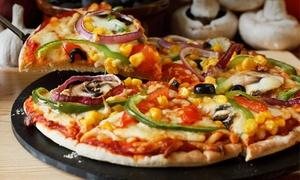 La Terrazza: 2 dowolne pizze o średnicy 40 cm za 26,99 zł i więcej opcji w La Terrazza (do -53 %)