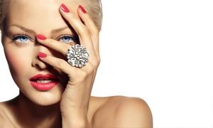 Emilie Stylisme Ongulaire: Pose de vernis semi-permanent option beauté des mains avec ou sans maquillage dès 17,50 € chez Emilie Stylisme Ongulaire