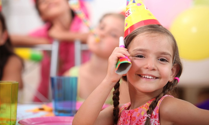 BizzyBee Playcentre - Bizzy Bee Playcentre: C$122for a Kid's Basic Party Package at BizzyBee Playcentre (C$245 Value)