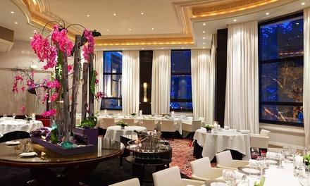 Dîner étoilé en 3, 4 ou 5 services en duo concocté par le chef Jean François Malle dès 149 € au restaurant La Rotonde