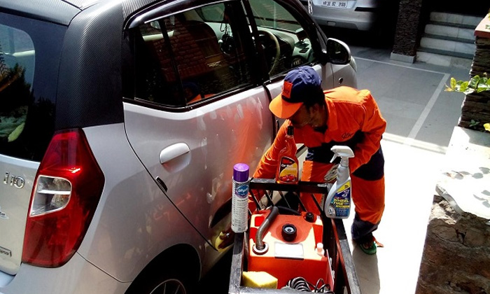 Complete Car Care Services At Carblingz Doorstep Service