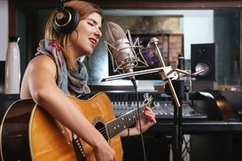 Patrice Peris Voice Studios: Two 30-Minute Instrument or Vocal Classes at Patrice Peris Voice Studios (45% Off)