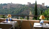 Menú granadino para 2 a elegir con opción a botella de vino desde 49,90 € en El Balcón de San Nicolás
