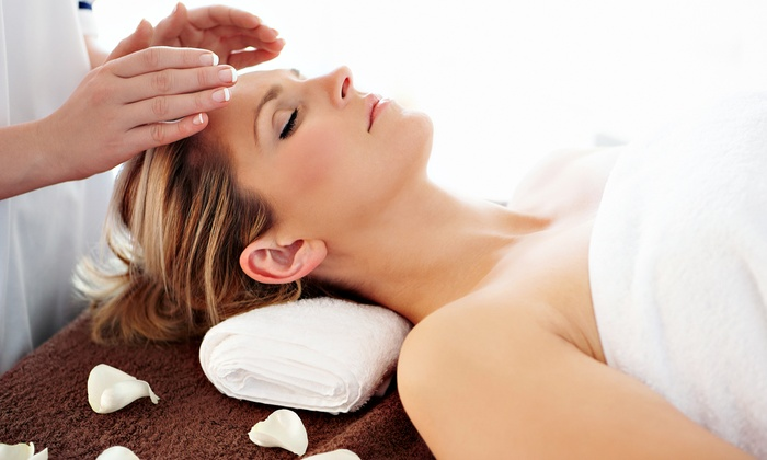 Crystal Berns, Usui Reiki Master at 12 Meridians Acupuncture - Northern Woods: One, Two or Four Reiki Sessions with Crystal Berns, Reiki Master at 12 Meridians Acupuncture (Up to 53% Off)