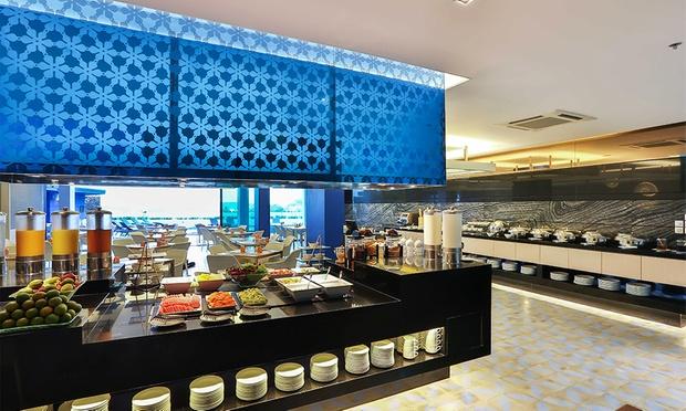 Phuket: 4* Stay at Eastin Hotel 6