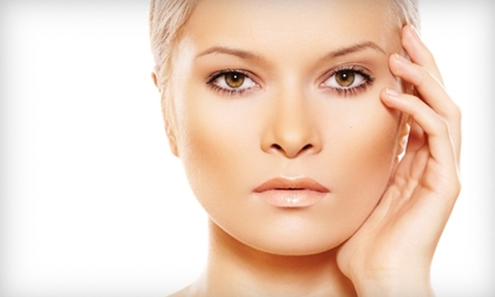 Salon Avé - Roseville: $105 for a Skin-Tightening Treatment and a Pavay Purify Facial at Salon Avé in Shoreview ($253 Value)