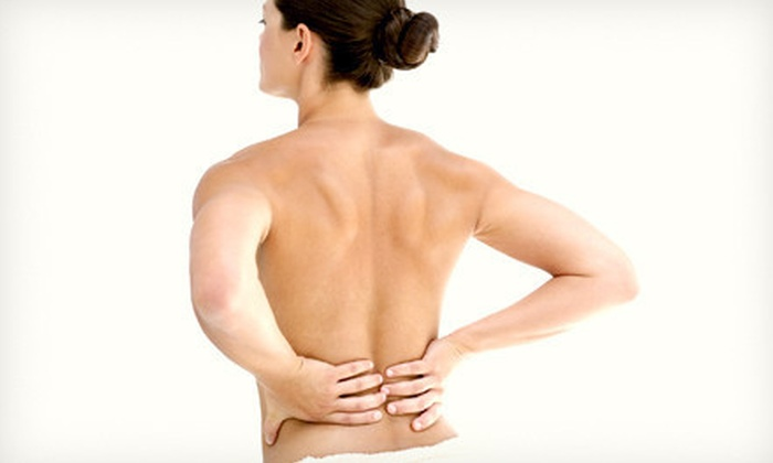 Canadian Decompression and Pain Center - Pleasantview: $29 for a Three-Stage Spinal-Decompression Treatment at Canadian Decompression and Pain Centers ($442.50 Value)