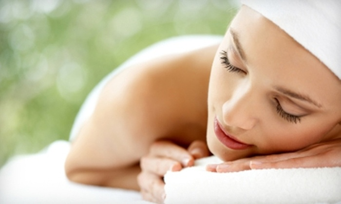 Essenza Salon and Medi Spa - Kiley Ranch South: $80 for a Massage, Tropical Scrub, and Citrus Foot Treatment or $40 for Mani-Pedi at Essenza Salon and Medi Spa in Sparks