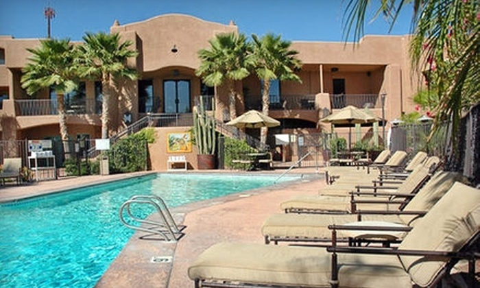 La Posada Lodge and Casitas - Oracle Foothills Estates: $49 for a One-Night Stay and $30 Toward New Latin American Cuisine at La Posada Lodge and Casitas ($123.50 Value)