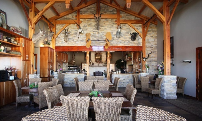 Serengeti Resort - North Barcroft Estates: One-Night Stay at the Serengeti Resort in Greater San Antonio