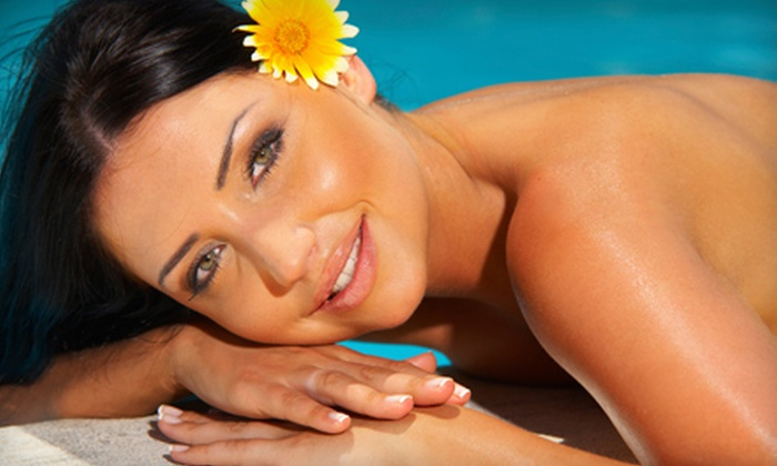 Salon Brookfield - Salon Brookfield: Three or Six High-Pressure Ultra Bronze Tans at Salon Brookfield in Brookfield