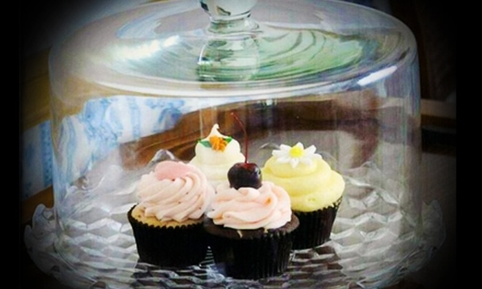 In the Middle Cupcakes - Lee's Summit: $14 for a Dozen Cupcakes at In the Middle Cupcakes in Lee's Summit ($29.05 Value)