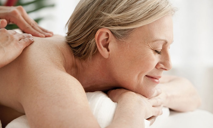 Mathews Mobile Massage - Chicago: Swedish or Deep-Tissue Massage from Mathews Mobile Massage (Up to 44% Off). Four Options Available.