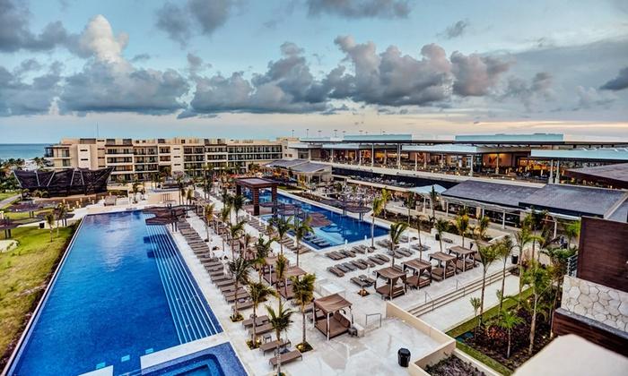 The Hideaway At Royalton Riviera Cancun Resort And Spa Website