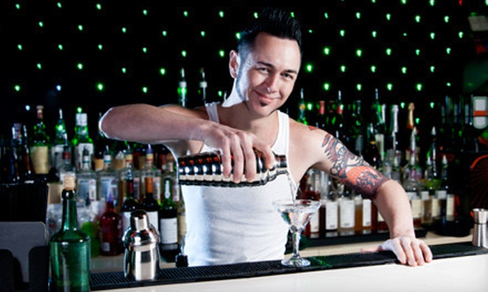Angels & Kings - Hollywood: $15 for $30 Worth of Well Drinks, Cocktails, and Appetizers at Angels & Kings