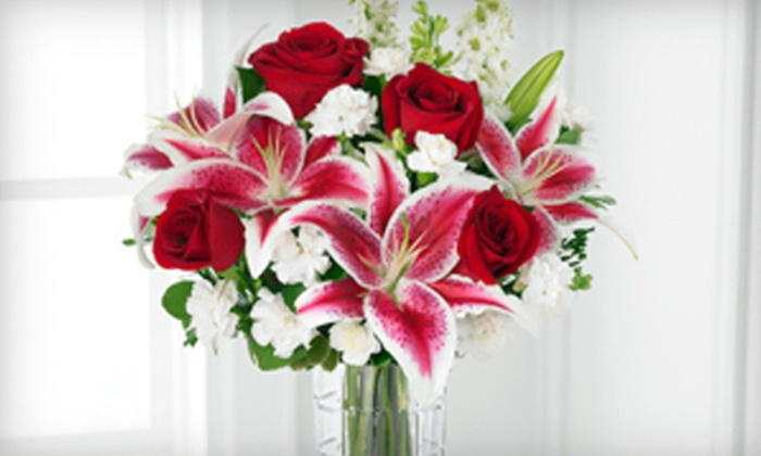 Zahn's Flowers & More Inc - Hodgmans Daytona: Holiday Bouquet and Delivery or Flowers and Gifts from Zahn's Flowers & More Inc