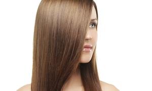 Salon Fryzjerski Metamorfoza Fryzury: Keratynowe prostowanie włosów od 189,99 zł w Salonie Fryzjerskim Metamorfoza Fryzury (do -59%)