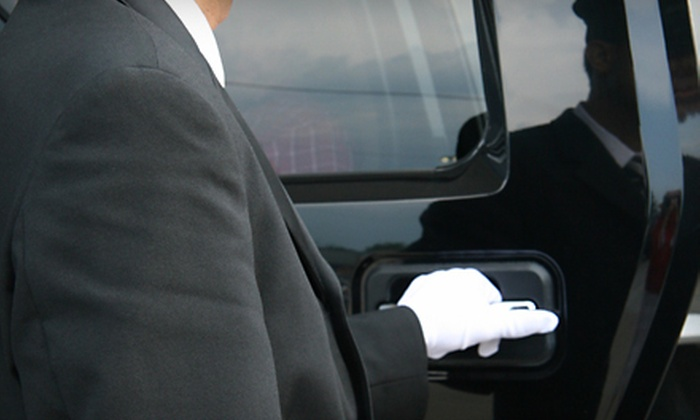 V-One Limousines - Paradise Valley: One-Way or Round-Trip Car Service to Destination of Choice from V-One Limousines (Up to 51% Off)