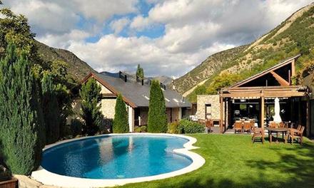 Lleida: 1 o 2 noches para 2 en habitación doble confort con desayuno, spa y una actividad en Hotel Riberies 4*