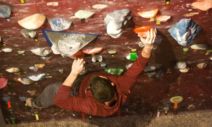 Virginia Beach Rock Gym - Northwest Virginia Beach: Auto-Belay Qualification Class Packages with One Day or One Month of Climbing at Virginia Beach Rock Gym