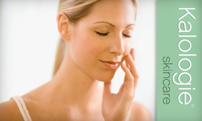 Kalologie Skincare - Thousand Oaks: $39 for a Custom Facial, Including a 20-minute Upper Body Massage at Kalologie Skincare in Thousand Oaks ($90 Value)