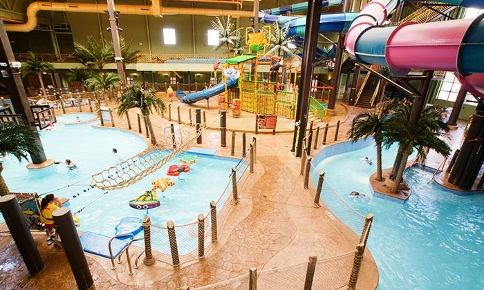 Maui Sands Resort & Indoor Waterpark - Sandusky, OH: Outing for One, Two, or Four at Maui Sands Resort & Indoor Waterpark (Up to 63% Off)