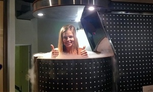 CryoCareUSA: One or Three Cryotherapy Sessions at CryoCareUSA (Up to 36% Off)