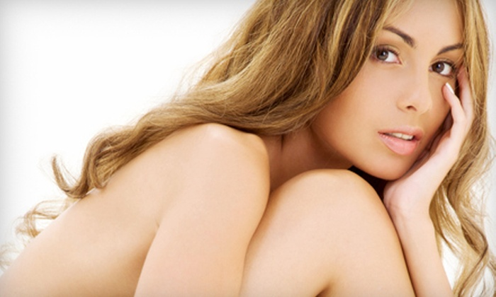 Sunlounge Spa - Lakeway: 3 Tanning-Bed Sessions (a $30 Value)