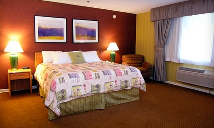 Pheasant Run Resort Travel - St. Charles: One-Night Stay for Up to Four in a Courtyard or Golf Room at Pheasant Run Resort in Chicagoland. Four Options Available.