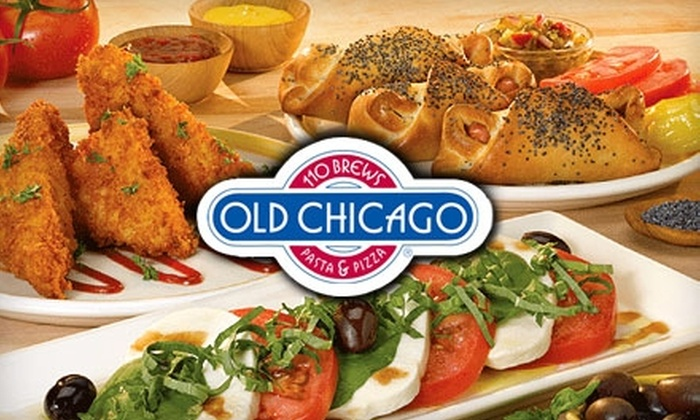 Old Chicago - Elk Grove Village: $15 for $30 Worth of Pizza, Pasta, and More at Old Chicago in Elk Grove