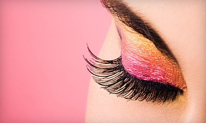 The Skin & Permanent Makeup Institute - San Antonio: $95 for a Full Set of Mink Eyelash Extensions at The Skin & Permanent Makeup Institute ($250 Value)