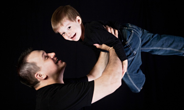 Olexandro Photography - York University Heights: C$29 for a One-Hour Studio Photo Shoot with Prints at Olexandro Photography (C$365 Value)