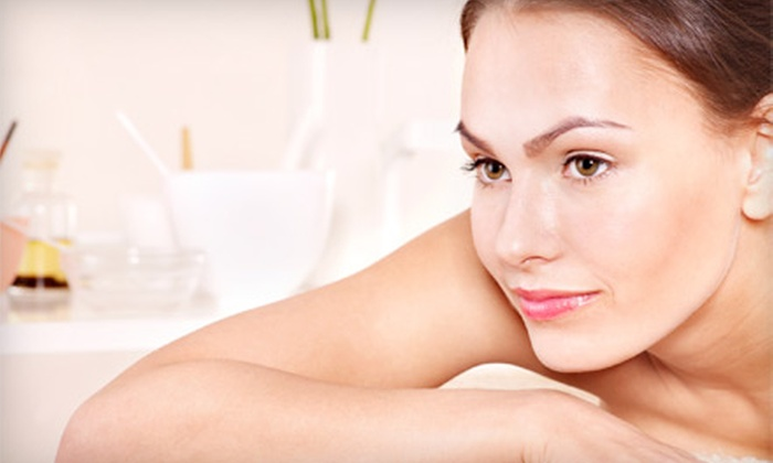 LA Bliss Day Spa - Valley Village: $29 for One-Hour Thai Fusion Massage at LA Bliss Day Spa in Valley Village ($59 Value)