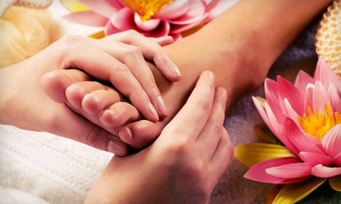 Holistic Lakewood - Lakewood: Spa Packages with Reiki, Reflexology, and Footbaths at Holistic Lakewood (Up to 66% Off). Three Options Available.