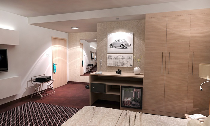 Bo33 hotel family suites a budapest groupon getaways for 33 fingers salon groupon